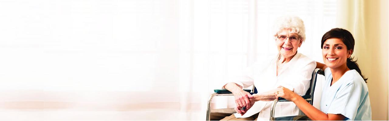 Cuidador de idosos é o profissional com experiência e formação adequada, para intervir em situações de limitações físicas (mobilidade reduzida, AVC), cognitivas (Alzheimer, Parkinson) e psicológicas evidenciadas em pessoas adultas ou idosas. O cuidador presta ainda apoio nas atividades básicas de vida diária, nos cuidados pessoais e em situações de emergência. Para situações de saúde mais especificas pode ser necessário que estes profissionais sejam Auxiliares de Geriatria, Auxiliares de Ação Médica, Técnicos Auxiliares de Saúde ou Auxiliares de Enfermagem.